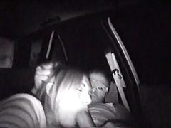 Мужик записал любительский секс в машине со шлюхой